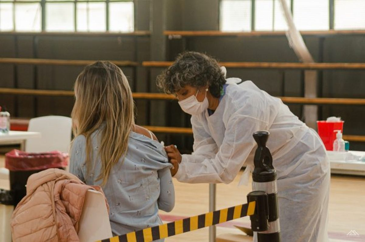 Vacunas: Aplican segundas dosis en San Martín