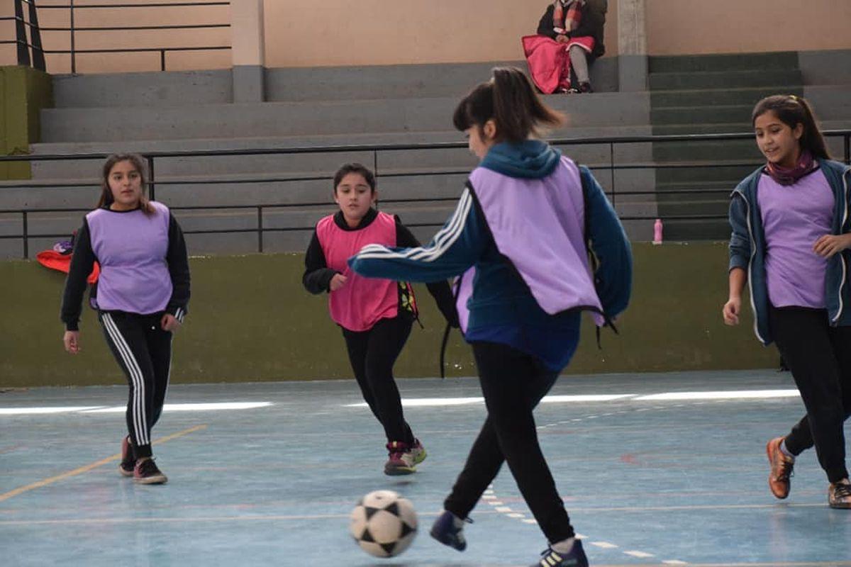 El fútbol femenino se consolida en San Martín